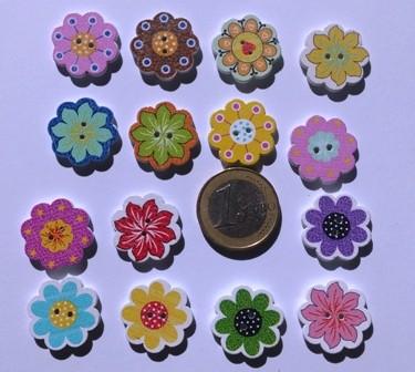 boutons en bois fleurs