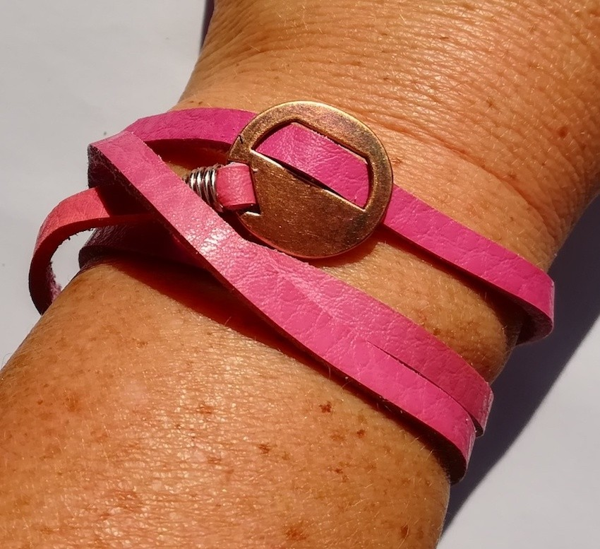 bracelet-ajustable-cuir-pleine-fleur