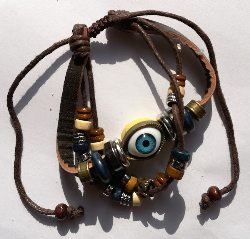 bracelet-cuir-breloques-bleu