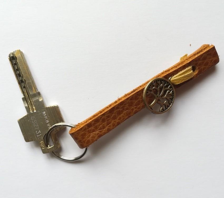 porte-clés-cuir-arbre-de-vie