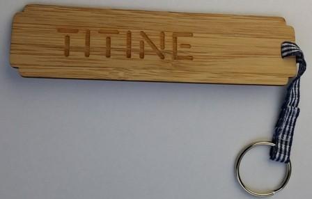 porte clés en bambou TITINE