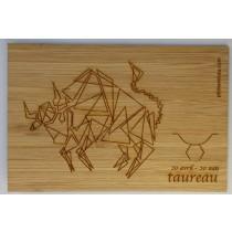 carte en bambou gravée zodiaque taureau